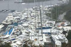Cruceros destruidos en la Bahía de Paraquita, Islas Vírgenes Británicas después del paso del Ciclón Irma
