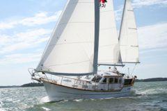 Velero Nauticat 331