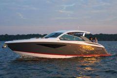 La estrella A36 de Cobalt Boats