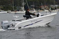 El 498 Fisher de Morningstar Boats..