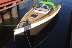 Bente 24 Green Edition producida bajo contrato por GreenBoats