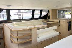 El interior de un barco de recreo hecho por Naviline