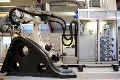 Producción de láminas con un robot en Avel Robotics
