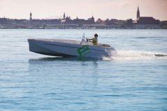 Barco eléctrico con motor Aquamot