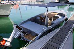 Barco eléctrico Rand Boat en el Grand Pavois de La Rochelle