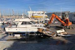 Sclavo está involucrado en la descontaminación y deconstrucción de barcos de recreo