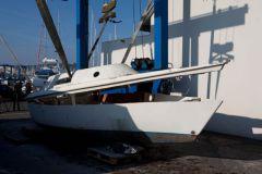 Barco de placer en deconstrucción