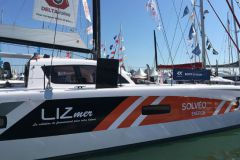 Las empresas de arrendamiento son actores importantes en la industria de la navegación, como Lizmer, patrocinador de un catamarán en la Ruta del Ron