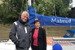 Annick Girardin, la nueva Ministra del Mar, con Jean-Luc Van den Heede